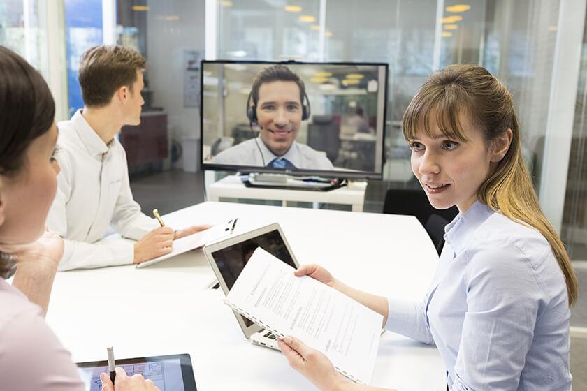 réunion en visioconférence