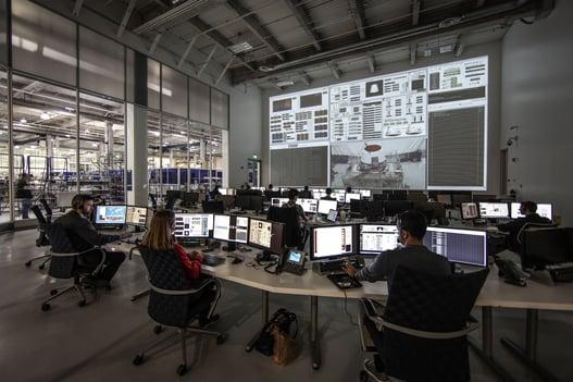 mur d'image dans une salle de contrôle